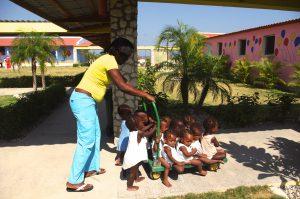 Bambini casa accoglienza